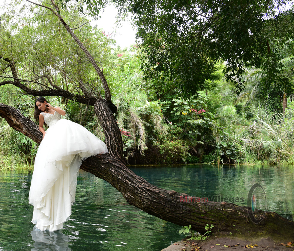 Fotos de Trash the Dress - Miriam Villegas Fotografía & Video